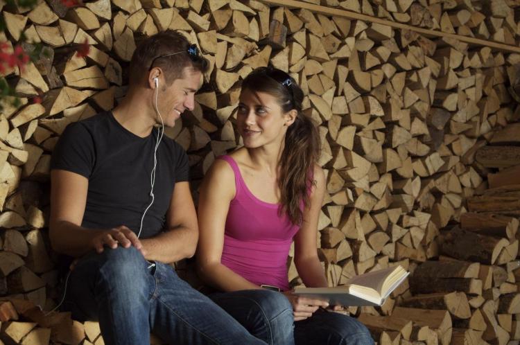 catasta di legna nel nostro giardino