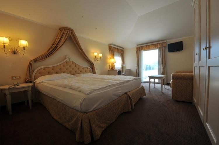 Parc_Hotel_Du_Lac_-_Junior_Suite