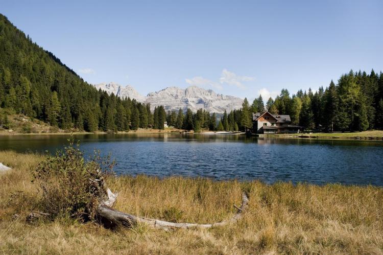Rifugio Lago Nambino 9