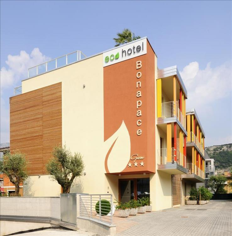 ECO_Hotel_B_10-2