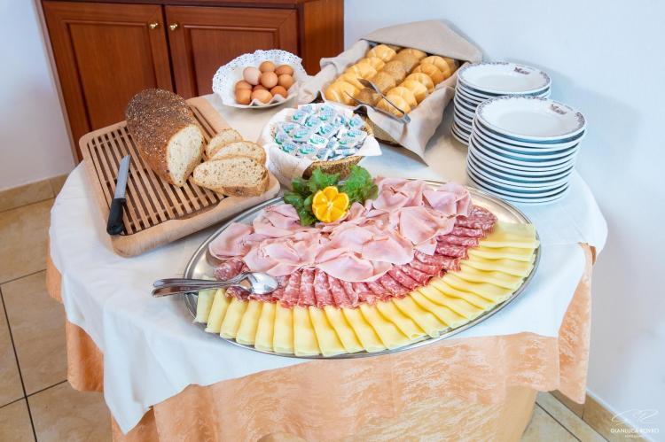 salacolaz buffet