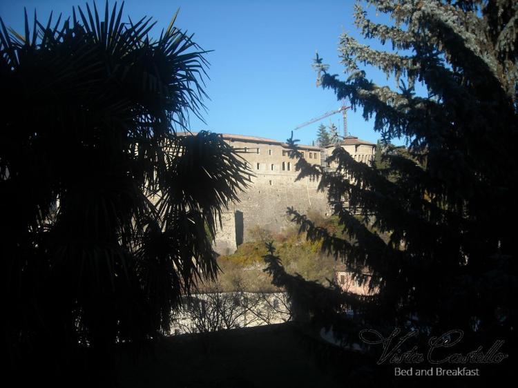 Vista sul castello - B&B Vista Castello