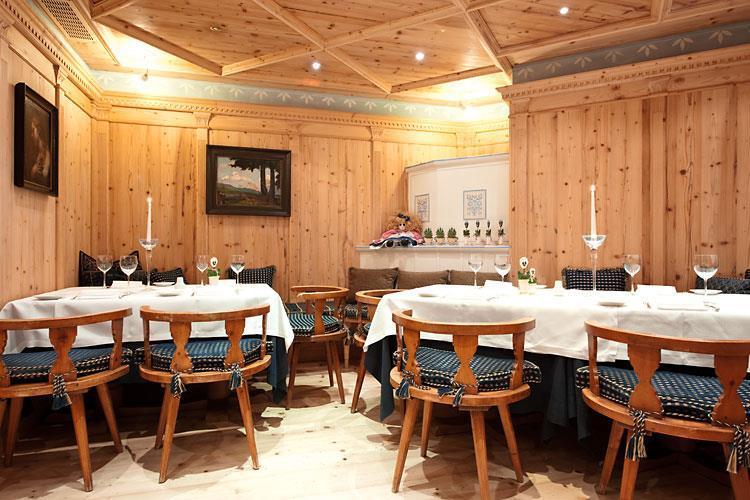 Stube - Alpen Suite Hotel