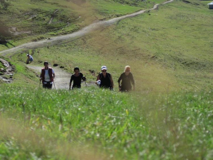 escursione trekking terme comano