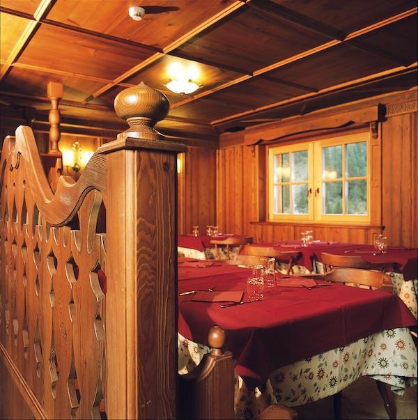 Dettaglio tavoli Nambino