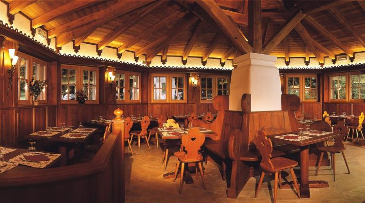 Sala da pranzo 2 Nambino