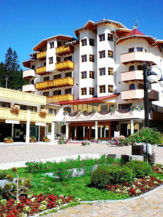 esterno hotel estate