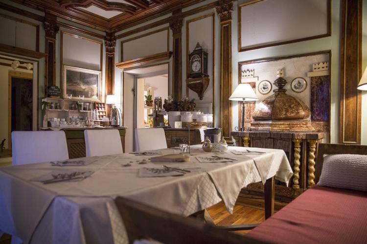 Sala seicentesta Hotel Garnì Laurino