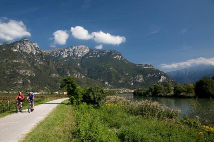 Pista ciclabile lungo l'Adige, via Claudia Augusta
