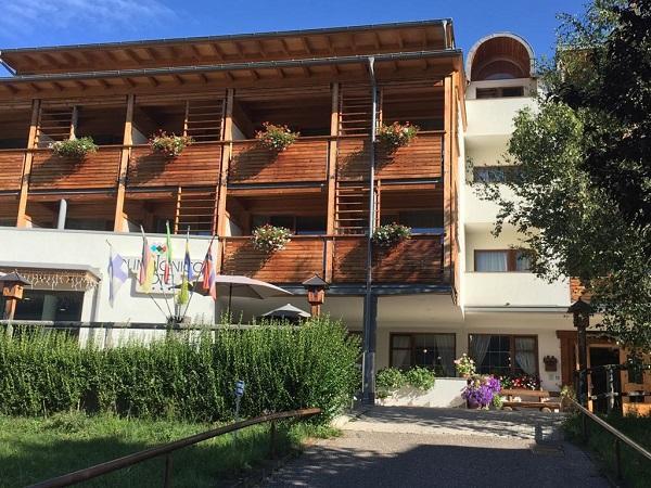 Olimpionico Hotel est estate1
