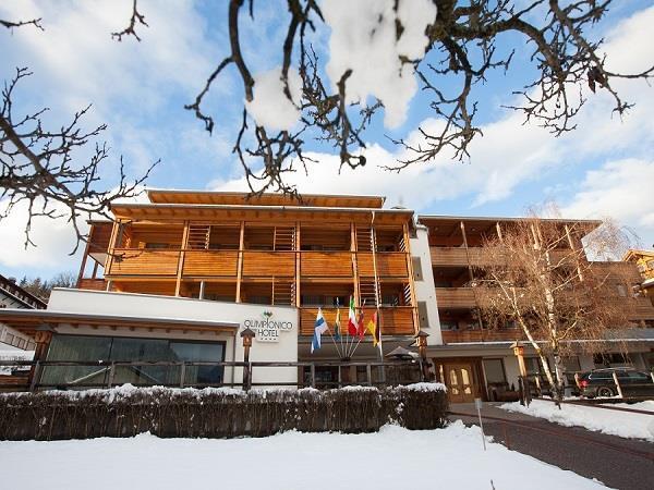 Olimpionico Hotel esterna inverno