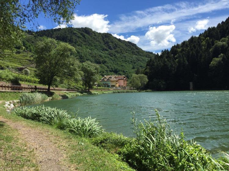 sentieri passeggiate lago di Canzolino Trentino