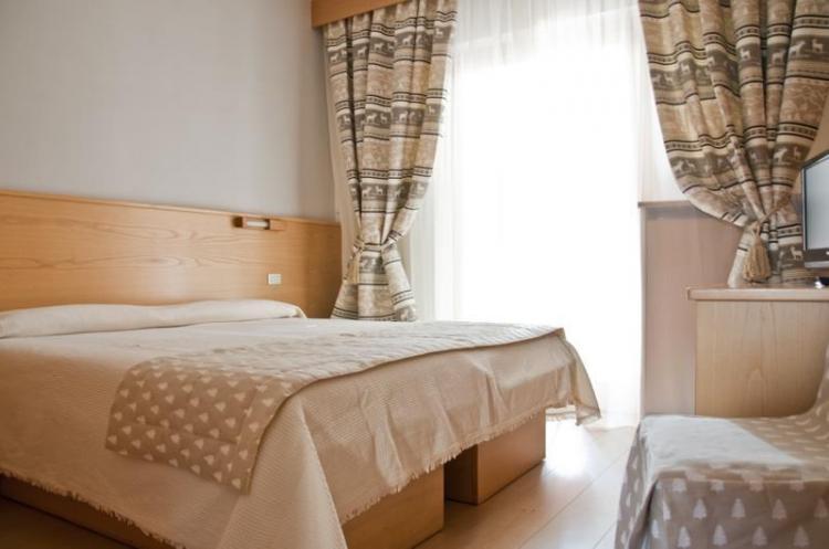 hotel corona camera doppia