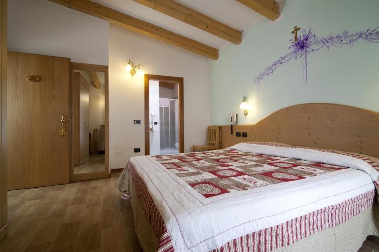 Hotel Sport snc - CAMERE (6)