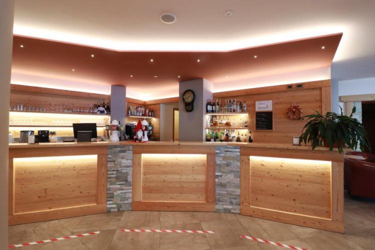 Bar Alpen Garten Hotel Margherita Rumo