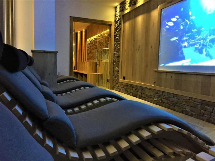 RELAX CINEMA MIRALAGO HOTEL CENTRO BENESSERE TRENT