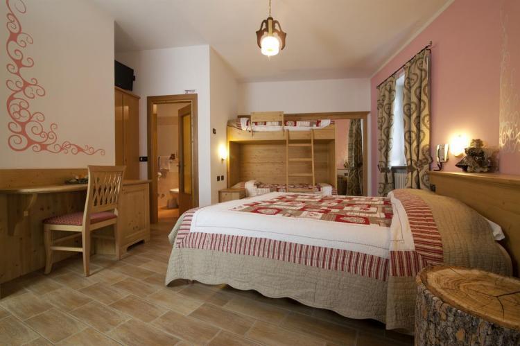Hotel Sport snc - CAMERE (8)