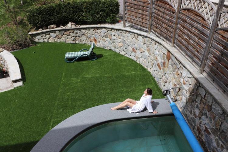 Piscina esterna Alpen Garten Hotel Margherita Rumo