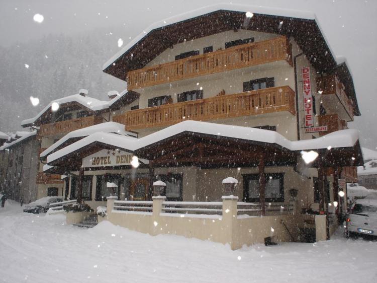 Hotel Denny winter