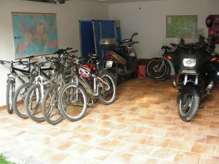 Garage per MTB e Moto