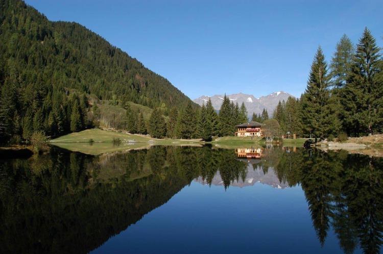 Lago dei Caprioli a 5 minuti