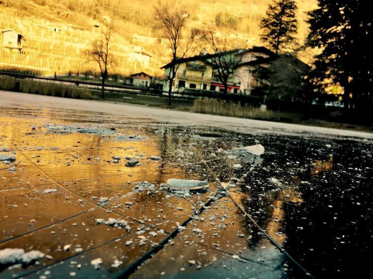 Lago di Canzolino inverno ghiaccio