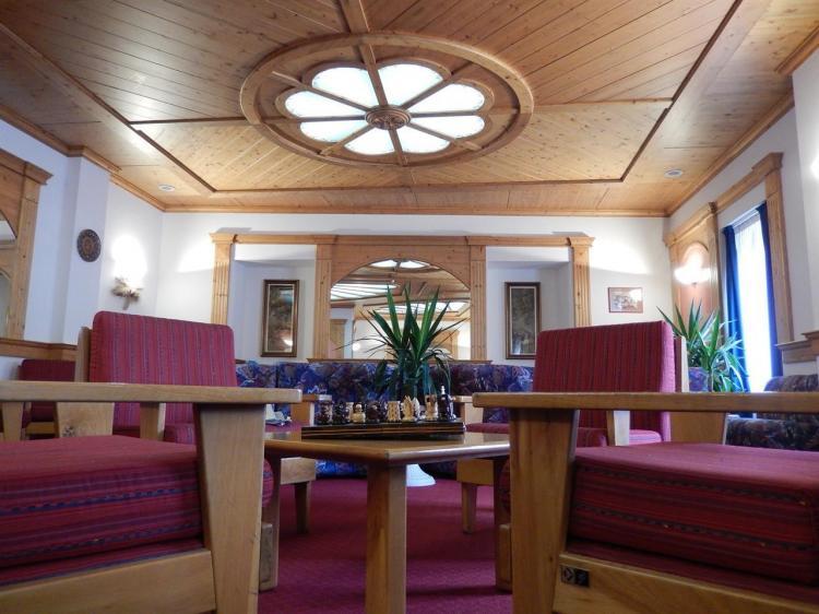 Sala soggiorno Hotel Vittoria Dimaro
